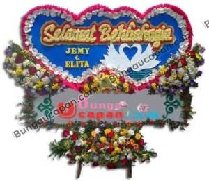 Karangan Bunga Pernikahan Murah ( BUHW 60 )
