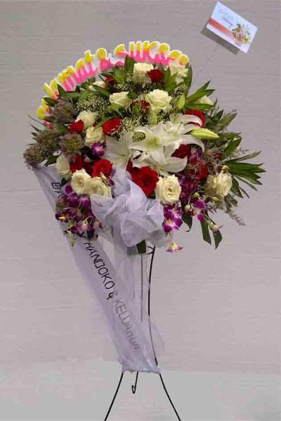 Standing Flower Selamat dan Sukses